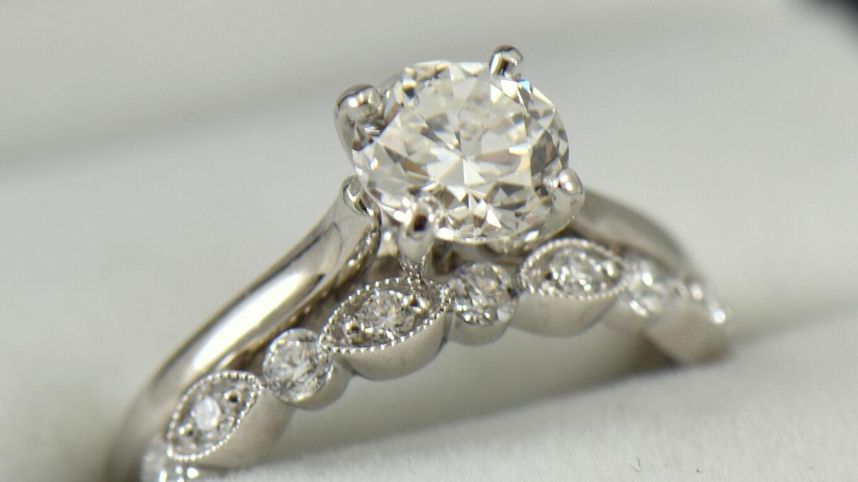 gioielli personalizzati con diamanti